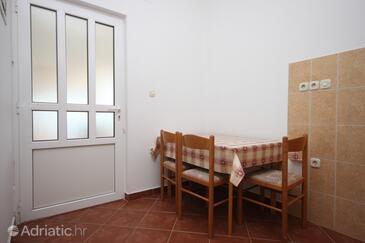 Kustići, Столовая в размещении типа apartment, Домашние животные допускаются.