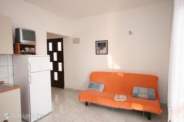 Zubovići, Obývacia izba v ubytovacej jednotke apartment, klimatizácia k dispozícii, domáci miláčikovia povolení a WiFi.