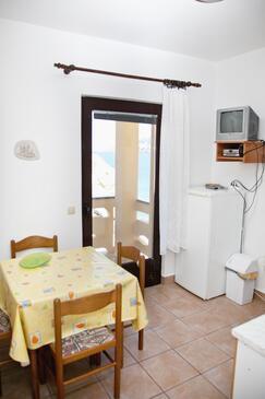 Zubovići, Jídelna v ubytování typu apartment, s klimatizací, domácí mazlíčci povoleni a WiFi.