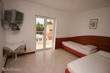Novalja, Obývací pokoj v ubytování typu apartment, s klimatizací, domácí mazlíčci povoleni a WiFi.