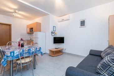 Orebić, Столовая в размещении типа apartment, доступный кондиционер, Домашние животные допускаются и WiFi.