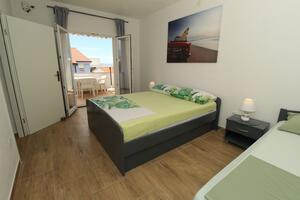 Apartments by the sea Mandre, Pag - 6418