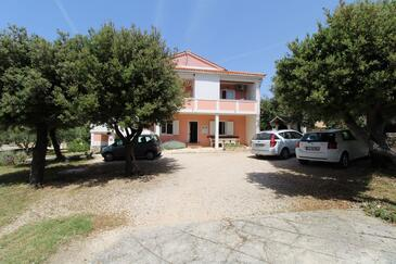 Mandre, Pag, Property 6418 - Apartments near sea with pebble beach.