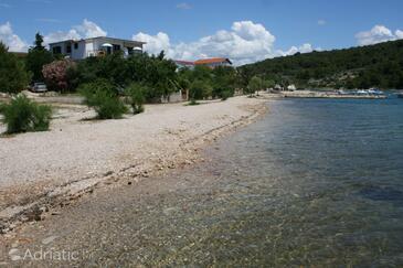 Pirovac, Šibenik, Property 6429 - Apartments near sea with pebble beach.