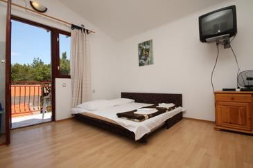 Starigrad, Living room in the apartment, air condition available, (pet friendly) and WiFi.