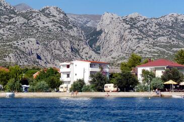 Seline, Paklenica, Объект 6440 - Апартаменты и комнаты вблизи моря с галечным пляжем.