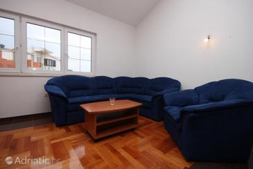 Rogoznica, Living room in the apartment, air condition available and WiFi.