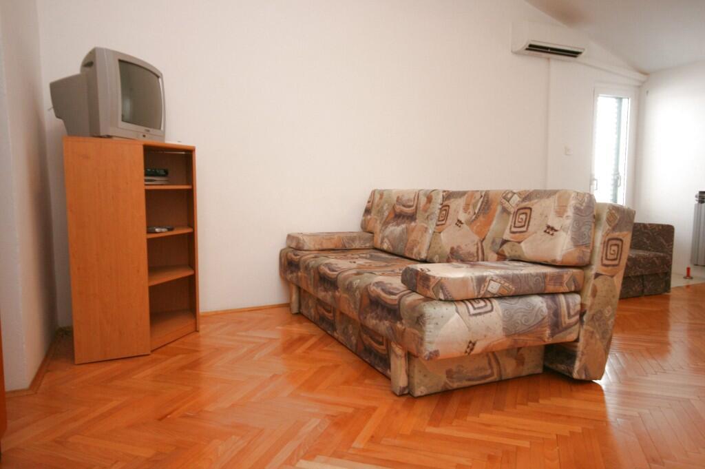 Ferienwohnung Studio Appartment im Ort Turanj (Biograd), Kapazität 2+1 (1582651), Turanj, , Dalmatien, Kroatien, Bild 6