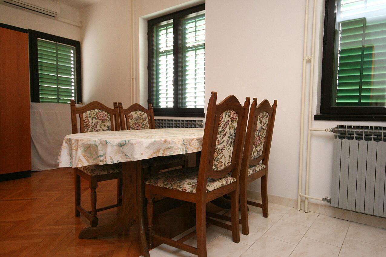 Ferienwohnung Studio Appartment im Ort Turanj (Biograd), Kapazität 2+1 (1582650), Turanj, , Dalmatien, Kroatien, Bild 2