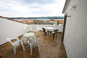 Apartments by the sea Turanj, Biograd - 6445