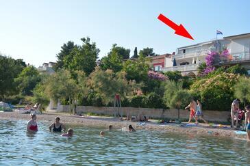 Pirovac, Šibenik, Objekt 6447 - Ubytování v blízkosti moře s oblázkovou pláží.
