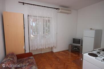 Kustići, Camera de zi în unitate de cazare tip apartment, aer condiționat disponibil, animale de companie sunt acceptate şi WiFi.