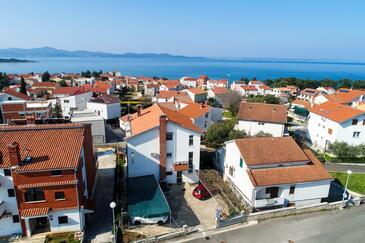 Zadar - Diklo, Zadar, Objekt 6453 - Ubytovanie s kamienkovou plážou.