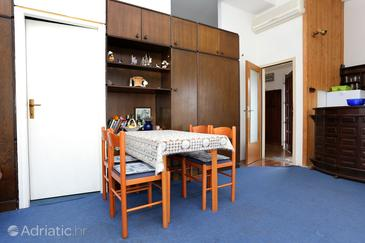 Dining room    - A-646-a