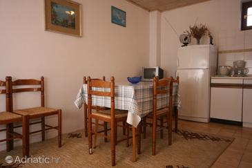 Bošana, Dining room in the apartment, dopusteni kucni ljubimci i WIFI.