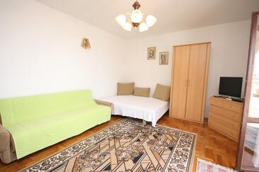 Kustići, Dnevna soba v nastanitvi vrste apartment, dostopna klima in WiFi.