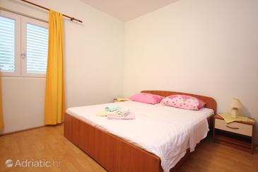 Bedroom 2   - A-648-b
