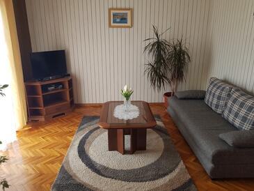 Novalja, Obývací pokoj v ubytování typu apartment, domácí mazlíčci povoleni a WiFi.