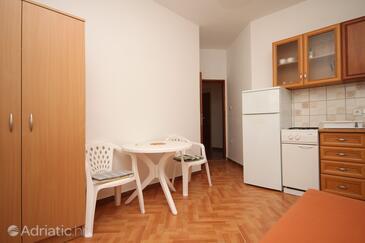 Pag, Столовая в размещении типа apartment, WiFi.