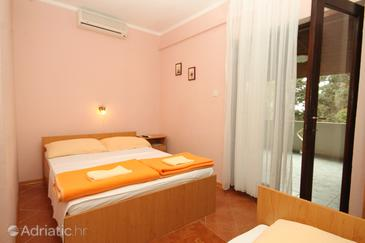 Mandre, Bedroom in the room, dostupna klima.