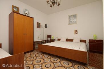 Metajna, Schlafzimmer in folgender Unterkunftsart room, WiFi.