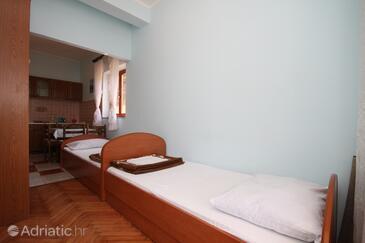 Metajna, Living room in the apartment, dopusteni kucni ljubimci i WIFI.