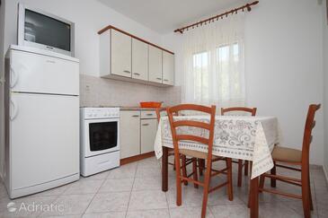 Metajna, Столовая в размещении типа apartment, Домашние животные допускаются и WiFi.