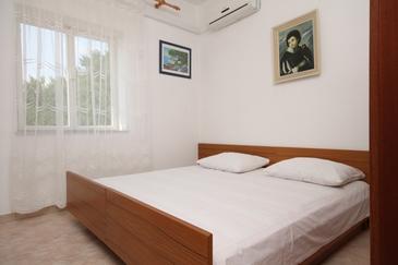 Metajna, Bedroom in the room, dostupna klima.