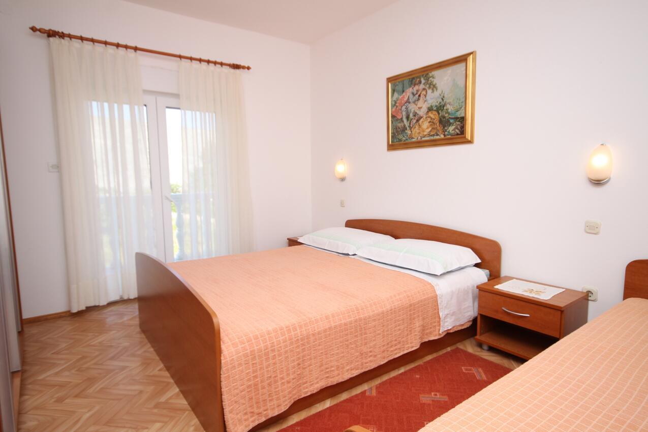 Ferienwohnung im Ort Vlaaii (Pag), Kapazität 6+2 (1012020), Vlasici, Insel Pag, Kvarner, Kroatien, Bild 6