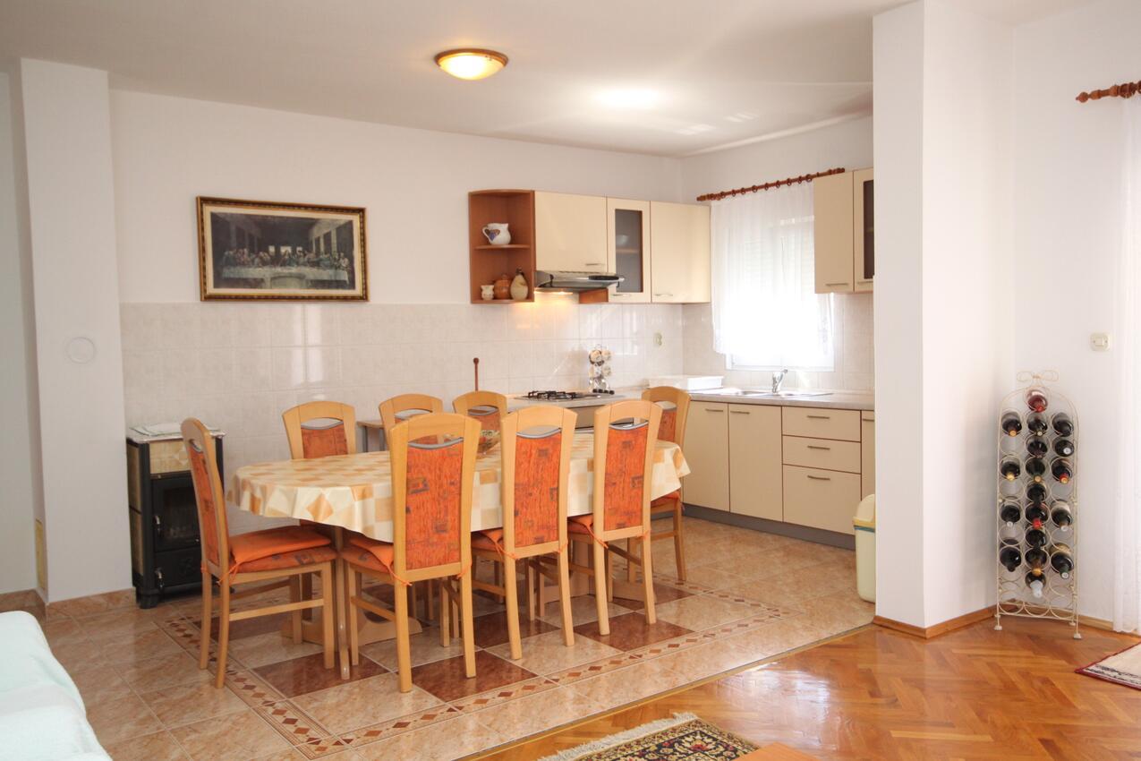 Ferienwohnung im Ort Vlaaii (Pag), Kapazität 6+2 (1012020), Vlasici, Insel Pag, Kvarner, Kroatien, Bild 3