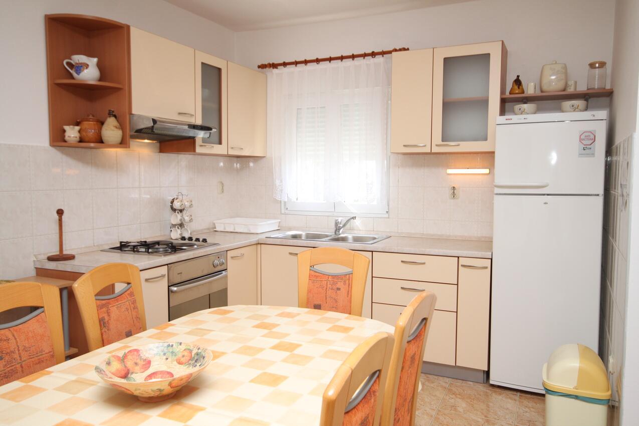 Ferienwohnung im Ort Vlaaii (Pag), Kapazität 6+2 (1012020), Vlasici, Insel Pag, Kvarner, Kroatien, Bild 4