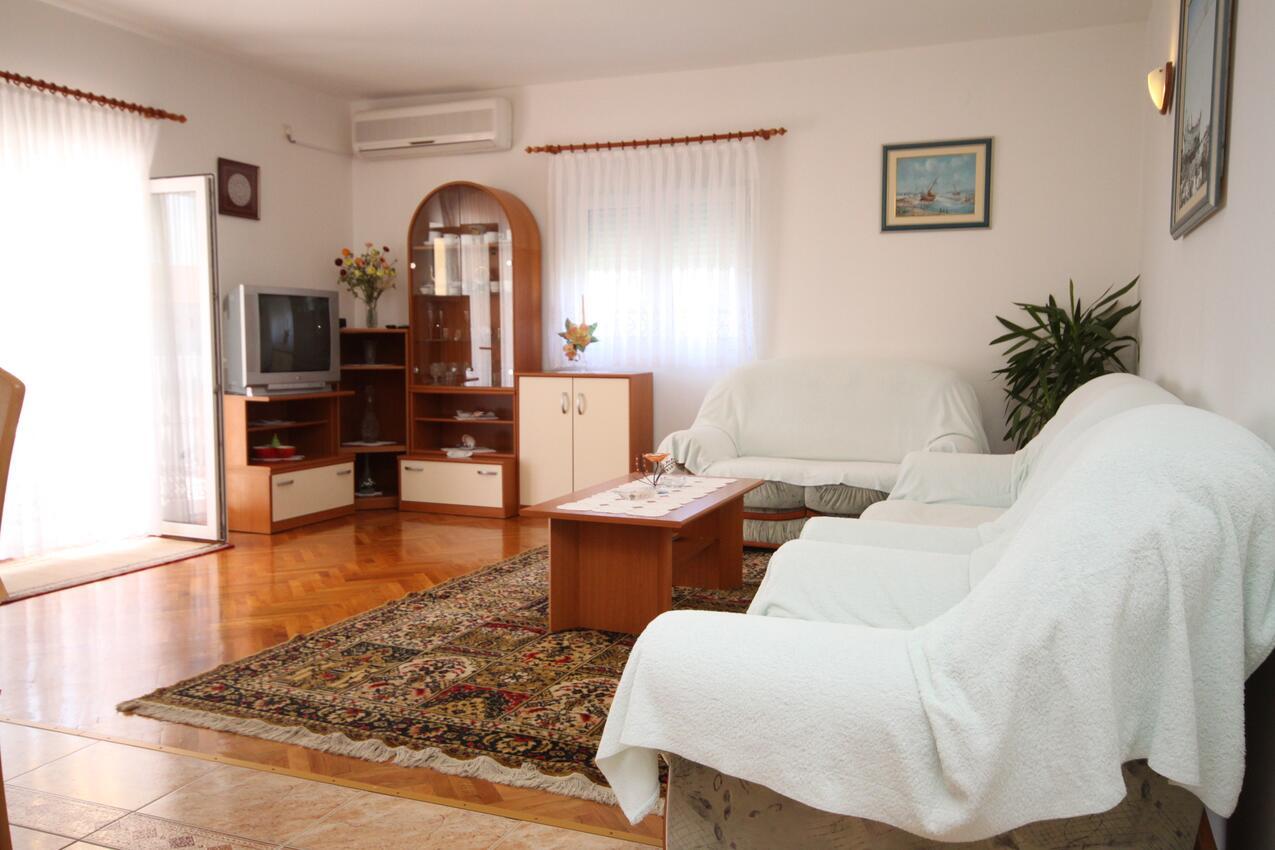 Ferienwohnung im Ort Vlaaii (Pag), Kapazität 6+2 (1012020), Vlasici, Insel Pag, Kvarner, Kroatien, Bild 2
