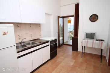 Starigrad, Kitchen in the apartment, air condition available, (pet friendly) and WiFi.