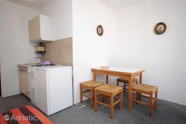 Pag, Столовая в размещении типа apartment, Домашние животные допускаются и WiFi.