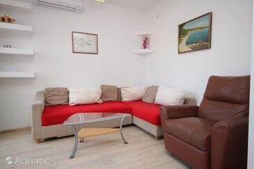 Pag, Living room in the apartment, dostupna klima i dopusteni kucni ljubimci.