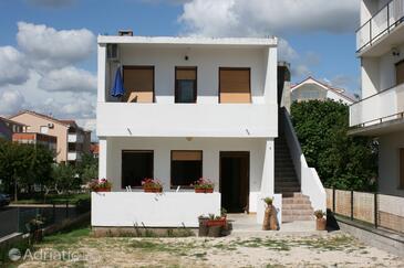Sukošan, Zadar, Property 6540 - Apartments near sea with pebble beach.