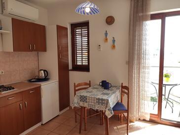 Novalja, Dining room in the apartment, WIFI.