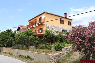 Maslenica, Novigrad, Objekt 6568 - Ubytování v blízkosti moře s oblázkovou pláží.