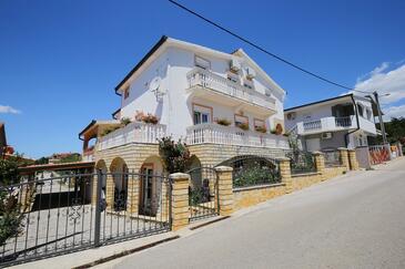 Maslenica, Novigrad, Объект 6572 - Апартаменты с галечным пляжем.