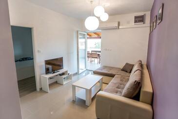 Starigrad, Living room in the apartment, dostupna klima, dopusteni kucni ljubimci i WIFI.