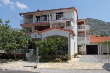Starigrad, Paklenica, Property 6578 - Apartments and Rooms near sea with pebble beach.