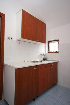 Starigrad, Kitchen in the studio-apartment, WIFI.