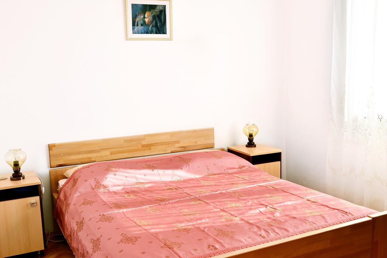 Ferienwohnung im Ort Pisak (Omia), Kapazität 6+2 (1011795), Pisak, , Dalmatien, Kroatien, Bild 4