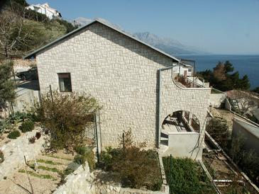 Pisak, Omiš, Hébergement 658 - Appartement à proximité de la mer avec une plage de galets.