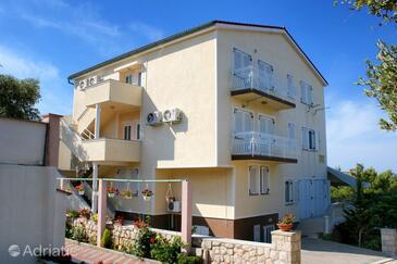 Mandre, Pag, Объект 6582 - Апартаменты с галечным пляжем.