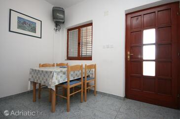 Starigrad, Jídelna v ubytování typu apartment, WiFi.