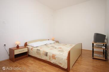 Starigrad, Spálňa v ubytovacej jednotke room, klimatizácia k dispozícii a WiFi.