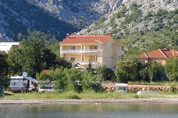 Starigrad, Paklenica, Obiekt 6608 - Apartamenty przy morzu ze żwirową plażą.