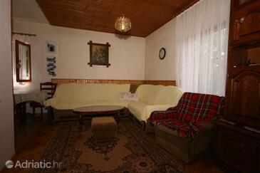 Tribanj Šibuljina, Living room in the apartment.
