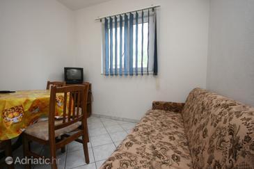 Baška Voda, Living room in the apartment, dopusteni kucni ljubimci i WIFI.